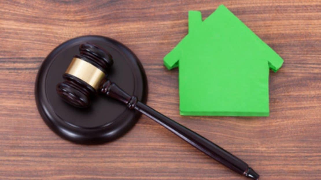 Crédit hypothécaire et divorce : puis-je reprendre le prêt à mon nom ?